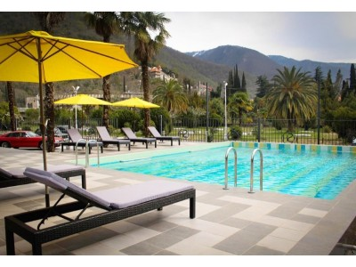 Отель«Sunrise Garden» | Открытый подогреваемый бассейн